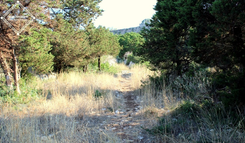 Old Navarino Castle - The trail continuous