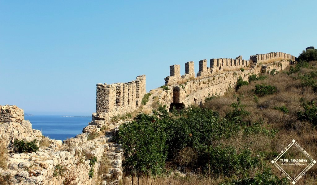 Old Navarino Castle - Impressive mass of stone walls