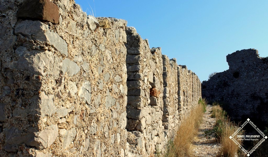 Old Navarino Castle - Another view reaching the dead end